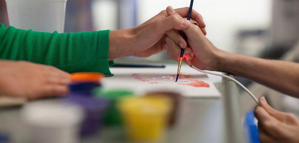 Почему арт-терапия работает: взгляд специалиста