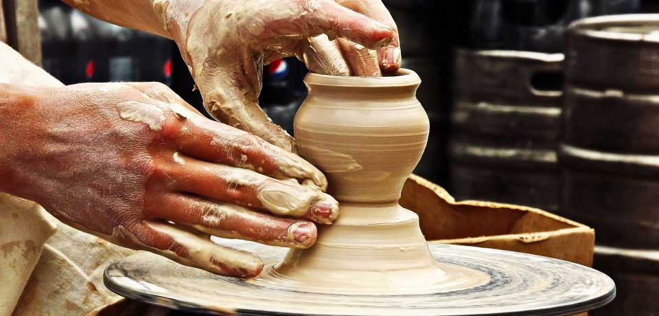 Можно ли использовать работу с глиной в качестве терапии?