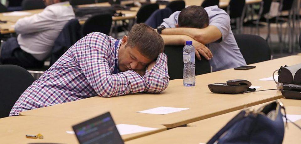 Как избавиться от сонливости на работе